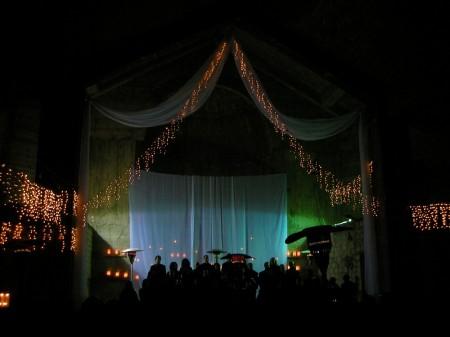 Dozan wa Awtar in the church's trancept, ready to start!