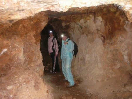 Only a few meters into the cave, there's still enough light to make the flash get all confused