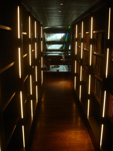 Beautifully accented bookshelves make you feel like you're inside the Jedi Council or something (nerd moment)